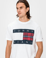 Tommy Jeans Plaid Centre Flag T-shirt